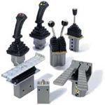Гидравлические дистанционные рычаги управления HRC
